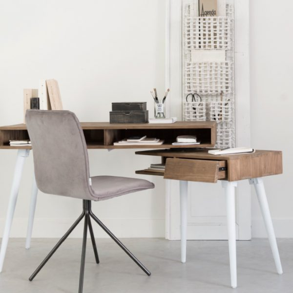 שולחן עבודה מודולרי