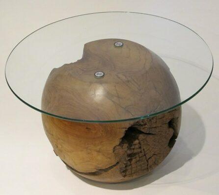 שולחן קפה עם פלטה זכוכית