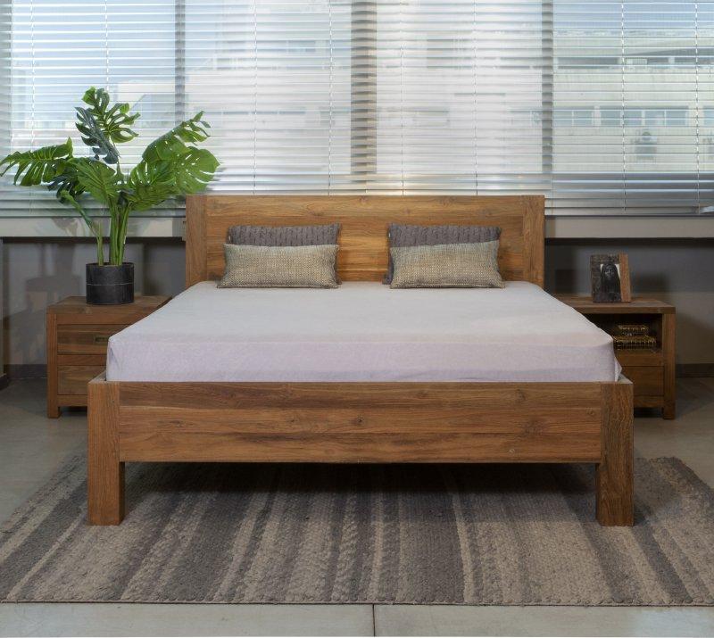 חדר שינה כפרי מעץ מלא