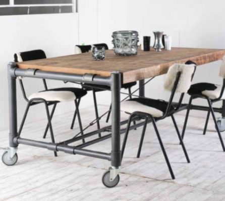 שולחן לפינת אוכל עם גלגלים