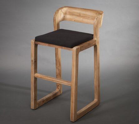 כסא בר מעוצב מעץ מלא
