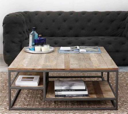 שולחן עץ לסלון עם מדפים