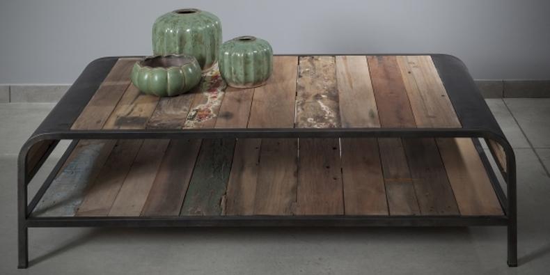 שולחן עץ טיק וברזל