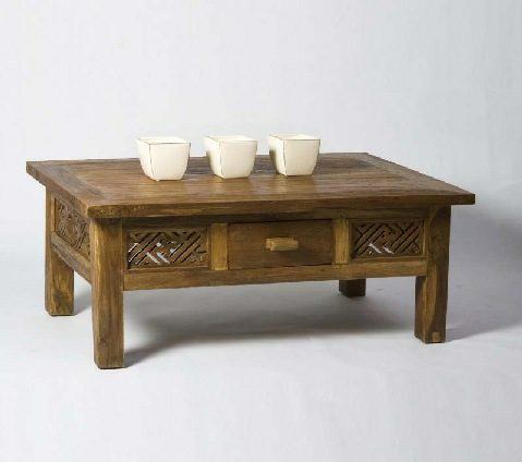 שולחן סלון עם מגירה