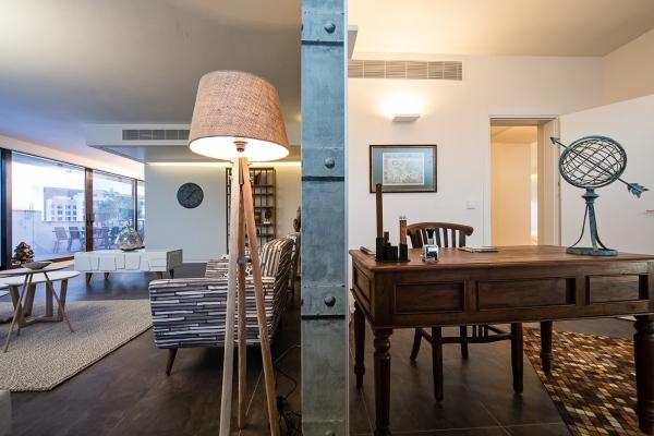רהיטי עץ לחדר עבודה