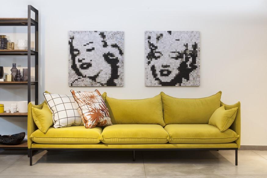 ספה מעוצבת בצבע צהוב