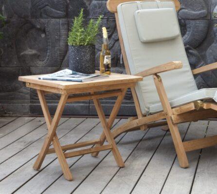 שולחן צד מרובע לגינה