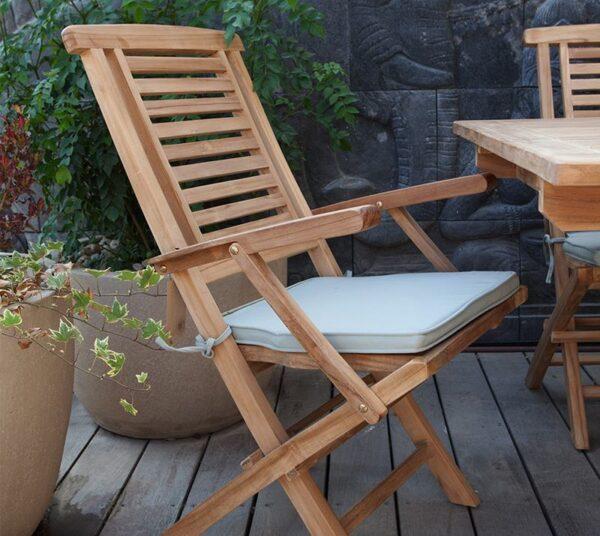 כיסא גן מעוצב