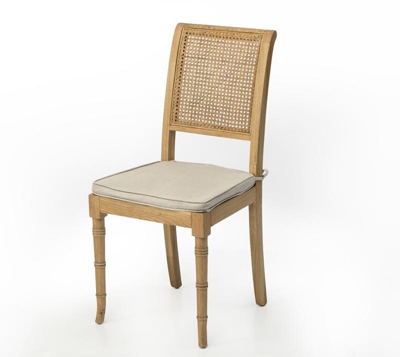 כיסא לפינת אוכל עם גב קש