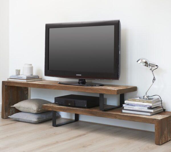 מדפים לטלוויזיה מעץ מלא