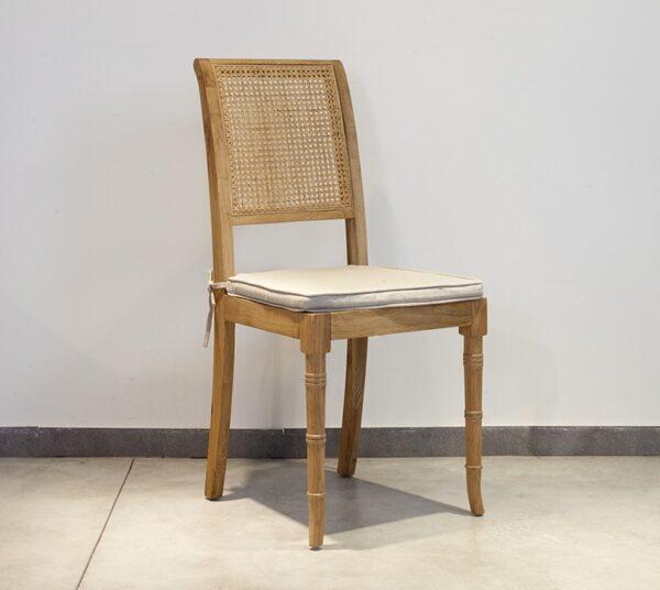 כיסא אוכל מעץ