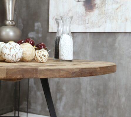 שולחן אוכל עגול מעץ עם רגלי ברזל