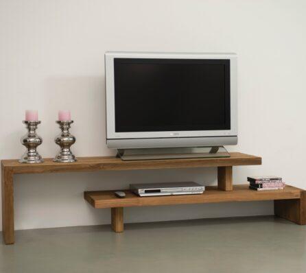 מדפי טלוויזיה מעץ מלא