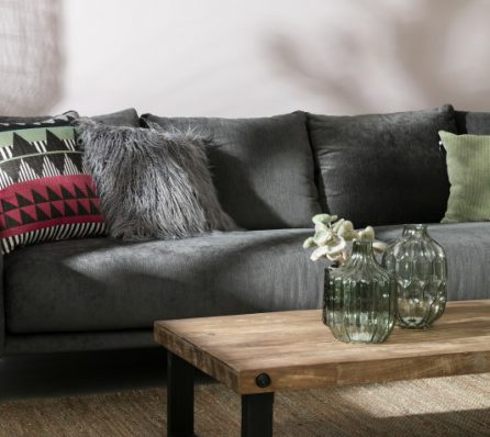 ספה מעוצבת תלת מושבית
