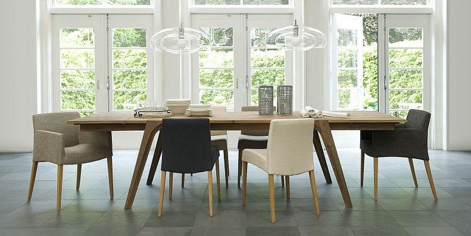 שולחן אוכל מלבני מעץ מלא