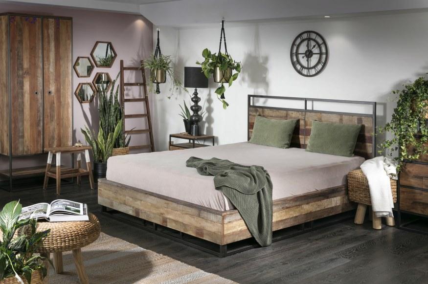 עיצוב חדר השינה עם עציצים