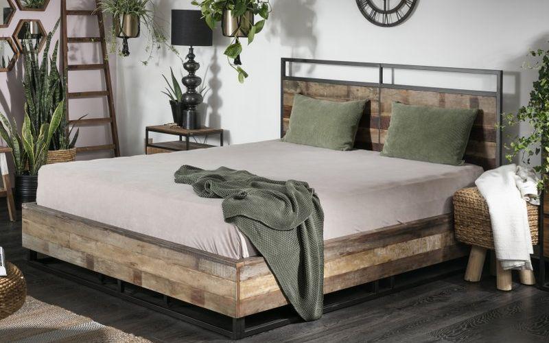 מיטה מעץ טיק ממוחזר