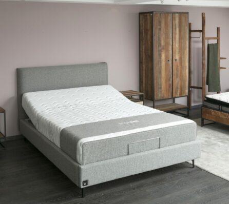 מיטה חשמלית מרופדת