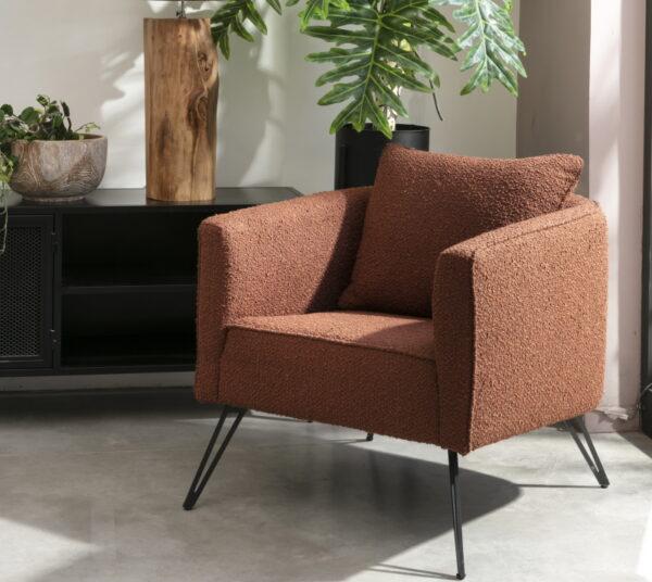 כורסא משולבת רגלי ברזל