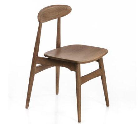 כיסא עץ מיני מלא